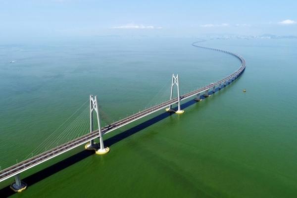 Xi urges Shenzhen to boost construction of Guangdong-Hong Kong-Macao Greater Bay Area